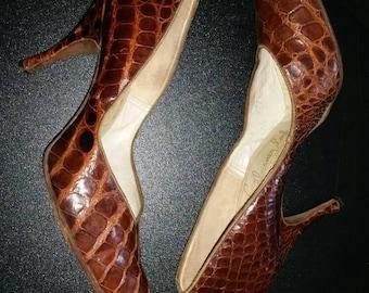 50s Vintage golden brown alligator crocodile skin Venetians Schleisner look curvy wiggle pumps spike heel shoes 8 aa narrow