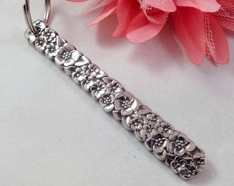 Spoon Keychain, Precious FLower / Love 1970, Antique Silverware, Victorian Spoon, Upcycled, FOB, Bridesmaid Gift, Groomsmen Gift