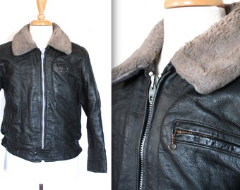 Vintage 1950s Bomber Jacket // 40s 50s Black Leather Flight Jacket with Grey Shearling Collar // WWII Pilot // Motorcycle Biker // DIVINE