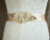 Floral belt, Floral Bridal belt, Champagne wedding dress belt, burlap wedding sash, Floral sash, Bridal sash, Champagne sash, burlap, lace