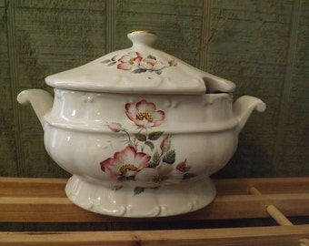 Wild Briar Rose pattern by House of Webster Covered Gravy or Vegetable Bowl