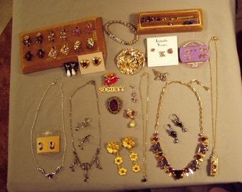 Vintage Lot Purple Rhinestone Necklaces Earrings Ring Pins Bracelet 2 Sets 31 pcs 8259