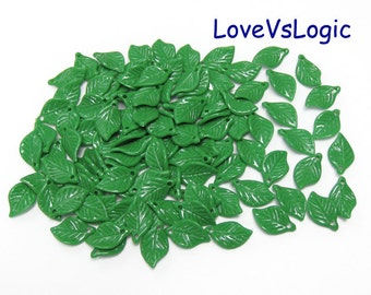 50 Leaf Opaque Plastic Charms. Dark Green 01