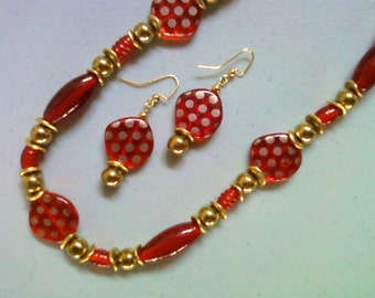 Red and Gold Spotted Necklace and Earrings (1307)