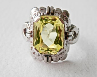 Antique Ring Vintage Glass Peridot Green Stone Sterling Silver Size 6 Art Nouveau Style August Birthstone
