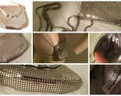 WHITING and Davis Intl Metallic Silver Metal Mesh CrossBody Shoulder Little Bag Purse Vintage artedellamoda talkingfashion talkingfashionnet