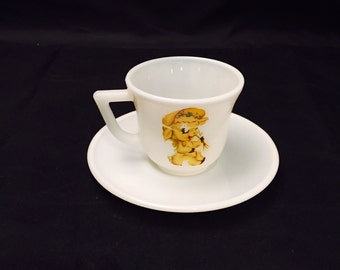 Vintage Hazel Atlas Childs Cup And Saucer,  Milk Glass With Lamb Decal 1940s