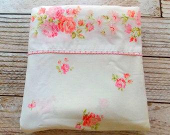 Vintage Double Flat Sheet / Pink Rose Floral / Vintage Bedding