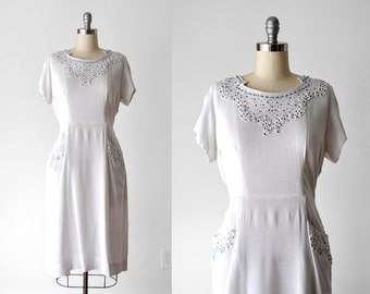 50's sheath dress. white. 1950's linen dress. rhinestone. beading. xl. 50 beaded dress.