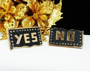Vintage Mens CuffLinks - Yes No Cuff Links in Black and Goldtone - Mod Era Mens Jewelry