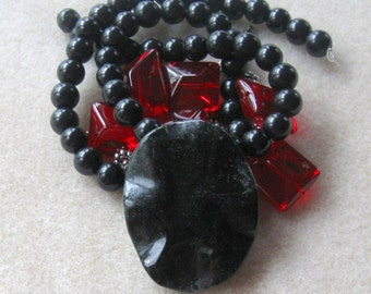 Black Jasper, Red Glass Nuggets, Jewelry Making Beads, DIY Jewelry Kits, Craft Supplies, Bead Kit, Bead Crafts, Necklace Kit, Gothic Goth