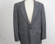 gray tweed Jordache sportscoat 70s 80s vintage grey wool herringbone blazer mens single breasted jacket 44 R Regular