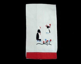 Vintage Dutch Themed Embroidered Fingertip or TeaTowel