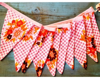 Vintage Bunting daisy dots pennant banner