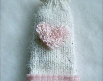 White chihuahua coat with pink heart Chihuahua winter fashion Sweater for small dogs or puppies Gift for pets