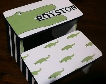Benches, Alligators, Kids Stools, Bathroom STOOL,Childrens, Personalized Gifts, Boys Step stools, Potty Steps