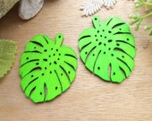 WP48 / # 5 Daiquiri Green / Filigree Wood Leaf Findings For Earring/Laser Cut Lace Charm / Pendant /  Colorful wooden pendant earrings