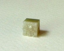 Small Green Druzy Opal Crystal Bead  -  7mm Cube  -  Natural Color  -  Bright Sparkling Crystals  -  High Quality  (odcb2)