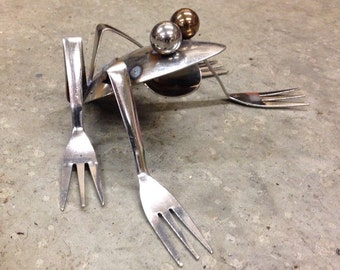 Frog Recycled Garden Art upcycle kitchen utensils