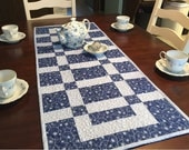 Sidewalks and Squares Quilted Table Runner Pattern - #552