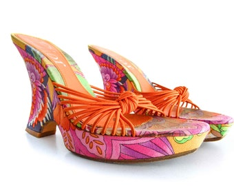 90's CHRISTIAN DIOR Psychadelic Floral Multi Colored Pattern Platform Floral WEDGES. Mule Sandal. Open Toe.  size - 5.5