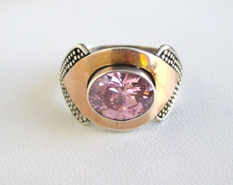 925 Sterling Silver Ring w/ Gold Accents & Faceted Pink Solitaire Stone - Vintage