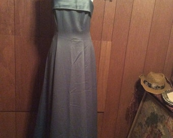 40% OFF SALE Vintage Niki Livas  Evening Gown/ SZ 6