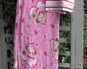 Strawberry Shortcake Twin Flat Sheet-Pillow Case/ Knit Flat Sheet/ Strawberry Shortcake Bedding/ Disney Supplies
