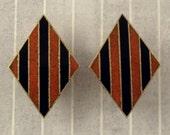 Vintage Accessocraft Enamel Screw Clip On Earrings Gold Tone Metal Diamond Shape Terra Cotta Black Stripes Terracotta Accessocraft NYC