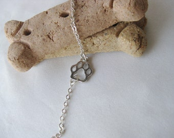 Silver Chain Paw Print Bracelet - Animal Lovers Bracelet - Simple Animal Bracelet - Animal Paw Charm Bracelet - Pet Lovers Gift