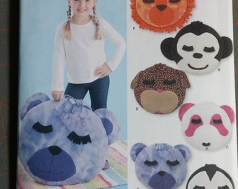 Simplicity 2198,  Fleece Animal Pillows, Out of Print