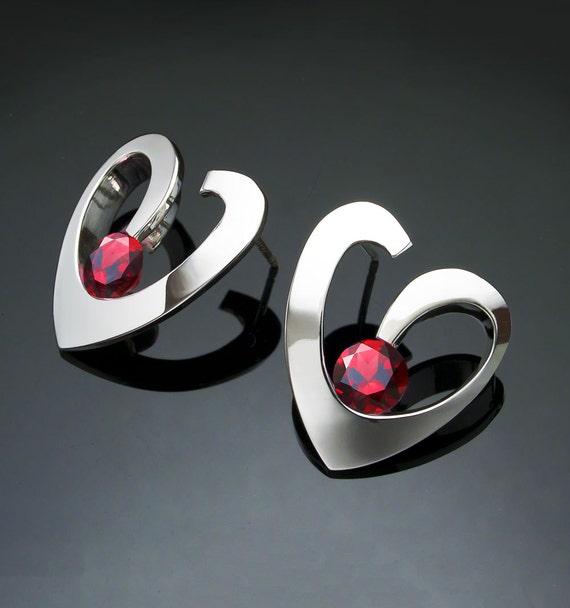 garnet earrings, silver earrings, mozambique garnet, January birthstone, heart earrings, Argentium silver, red earrings, gift for her - 2401