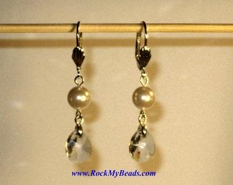 Swarovski White Pearls w/ Swarovski Pear Crystal Earrings,Dangle Earrings,Jewelry,Pearl Earrings,Wedding Jewelry,Bridal Earrings,Pearls