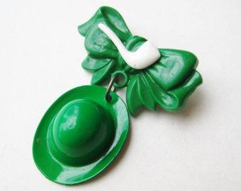 Vintage 40s Luck of the Irish Green Celluloid St. Patricks Day Good Luck Charm Leprechaun Hat Pin Brooch