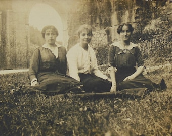 French 1910's Photo - Three Women by a Viaduct