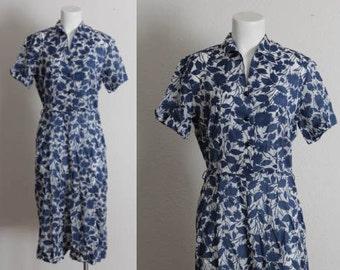 Vintage Large 1940s Dress / 1940s Printed Rayon Dress / Navy and White Sheer Floral Dress / Large Vintage 1940s Dress / Size Large