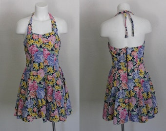 Vintage 1980s Romper / Vintage Romper / 80s Floral Romper / Halter Romper / Vintage 1970s Cotton Floral Halter Romper / Size Medium