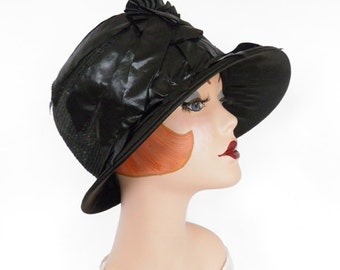 1920s cloche hat, vintage Fisk New Old Stock, black