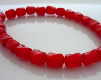 Vintage cranberry twisted lucite beads 7mm x 6mm