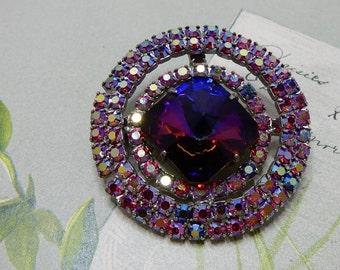 Vintage Red / Blue 1960s  Round Watermelon Rivoli Brooch    NCP16