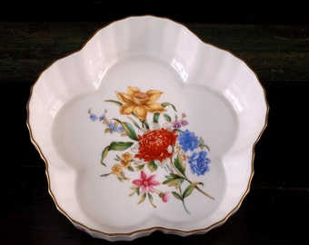 Witley Garden, Royal Worcester, Cinqfoil Dish (5 Lobed or Scalloped Form)