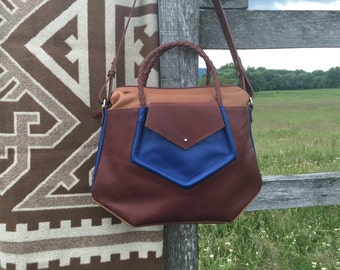 GEOMETRY | black,brown&blue | leather shoulderbag