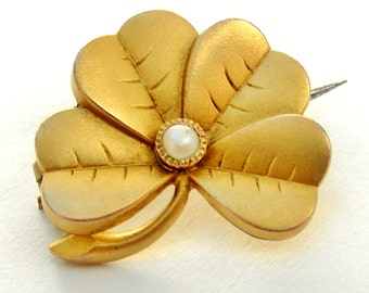 Little French 'FIX' antique 18k gold fill lucky 4 leaf clover brooch with seed pearl
