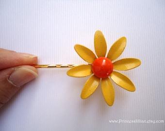 Vintage earrings hair pins - Minimalist yellow gold daisy orange center enamel flower fun girl unique embellish decorative hair accessories