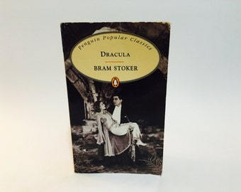 Vintage Horror Book Dracula by Bram Stoker 1994 UK Edition Paperback