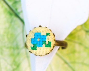 Violet ring in yellow and blue, cross stitch romantic ring, r004yellow