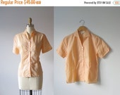SALE vintage 1960s blouse / 60s blouse / Peach Sherbet