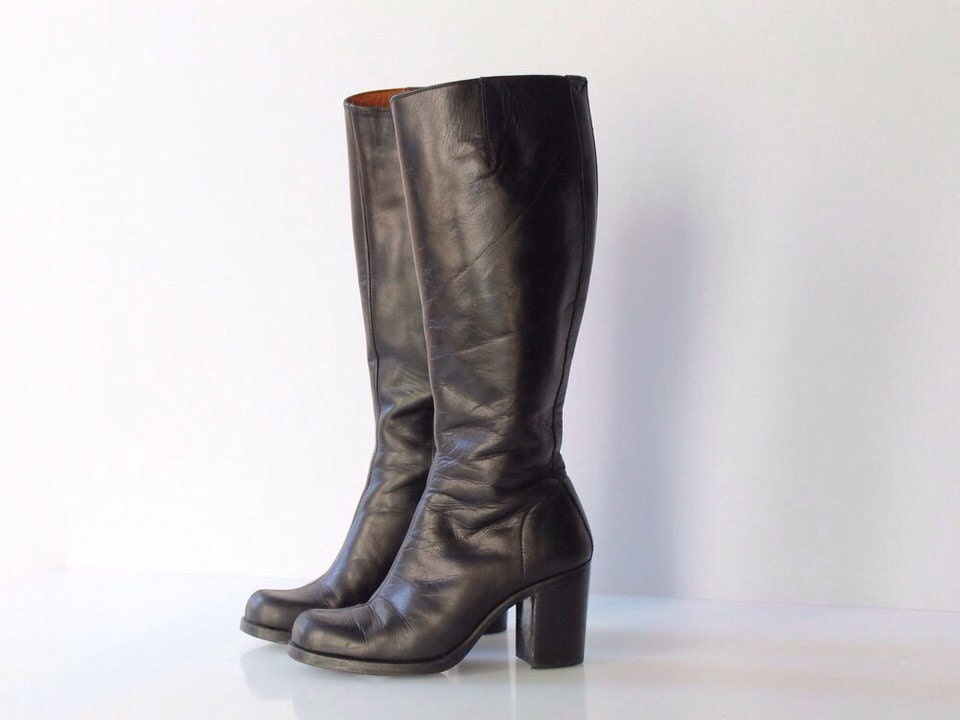 sale 1980s guess black leather boots with wide stacked