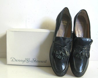 Vintage 1960s Leather Shoes Womens Dark Teal Leather Oxford Tassel Day Shoes 8.5N