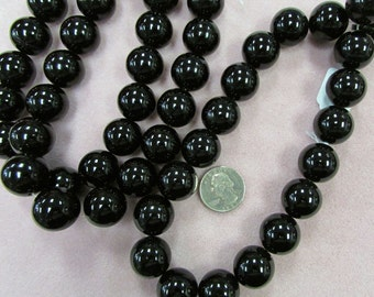 REDUCED! Black Onyx Round beads 20mm